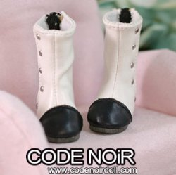 CYS000059 White Two Tone Rivet Boots