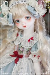Holiday's Child Limited : Fairy Bambi - Shiny mint fairy